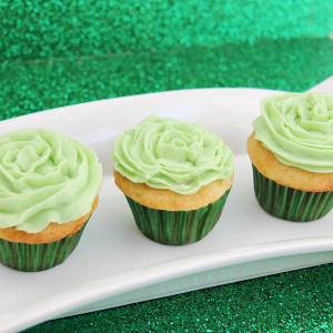Mini-St-Patricks-Day-Cupcakes-800.jpg