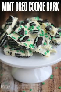 Mint-Oreo-Cookie-Bark