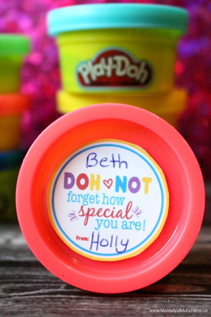 play-doh-valentine-tag